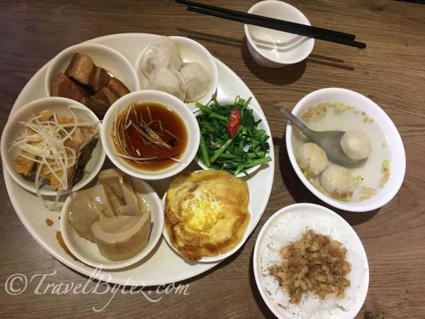 Meal at 九份小師父 (Jiufen, Taipei)