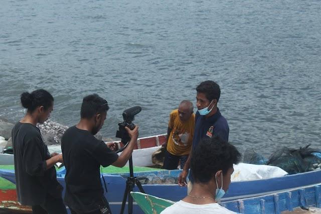 Tananua Flores Fasilitasi Kegitan Syuting Film Dokumenter di Lingkungan Arubara.