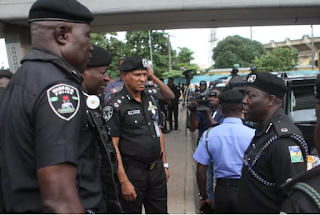 Mopol man kills Ironbody, for stepping on his boot in Lagos