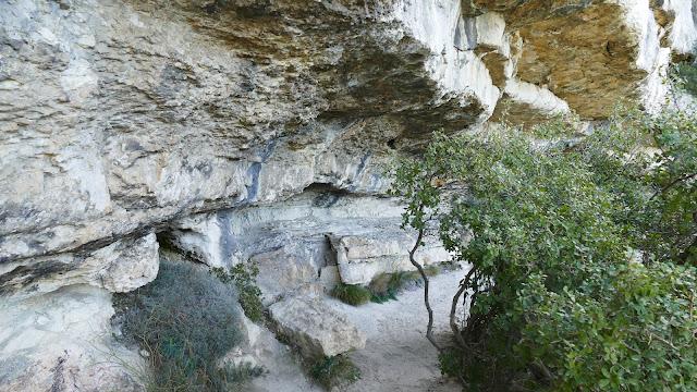 """La grotte """"Manon"""""""