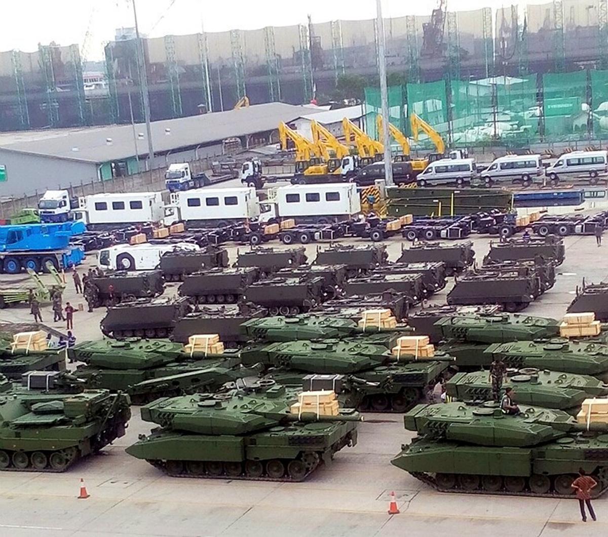 Leopard 2 +  M113 A1-TNI