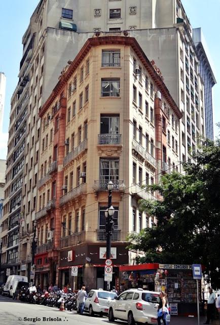Vista ampla do Edifício Patriarca - Centro - São Paulo