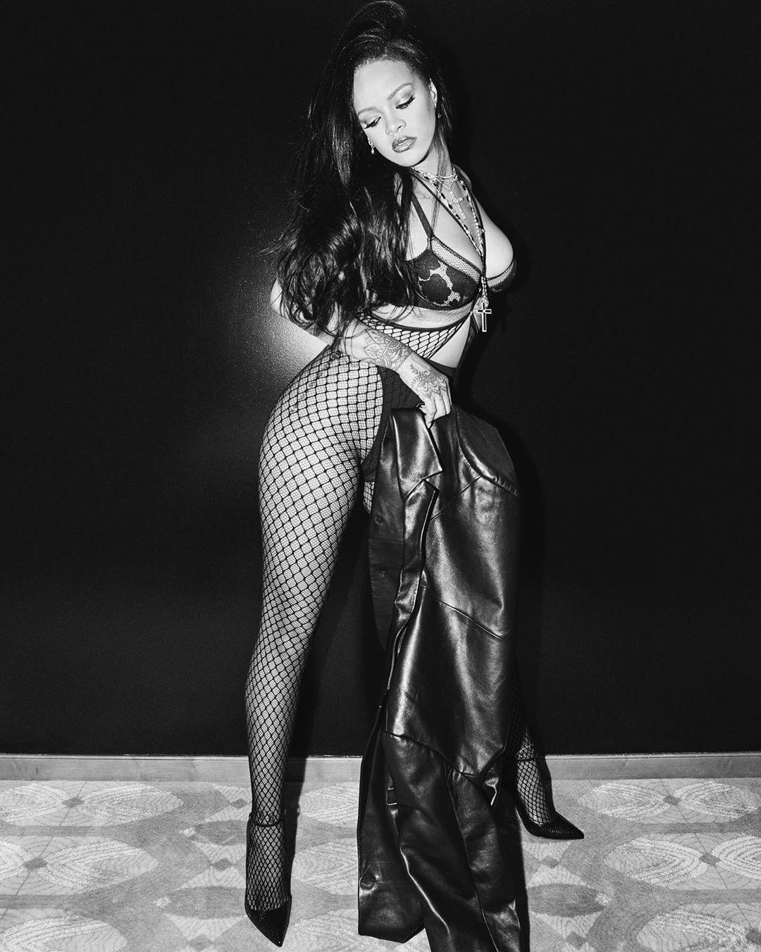 Rihanna looking sexy