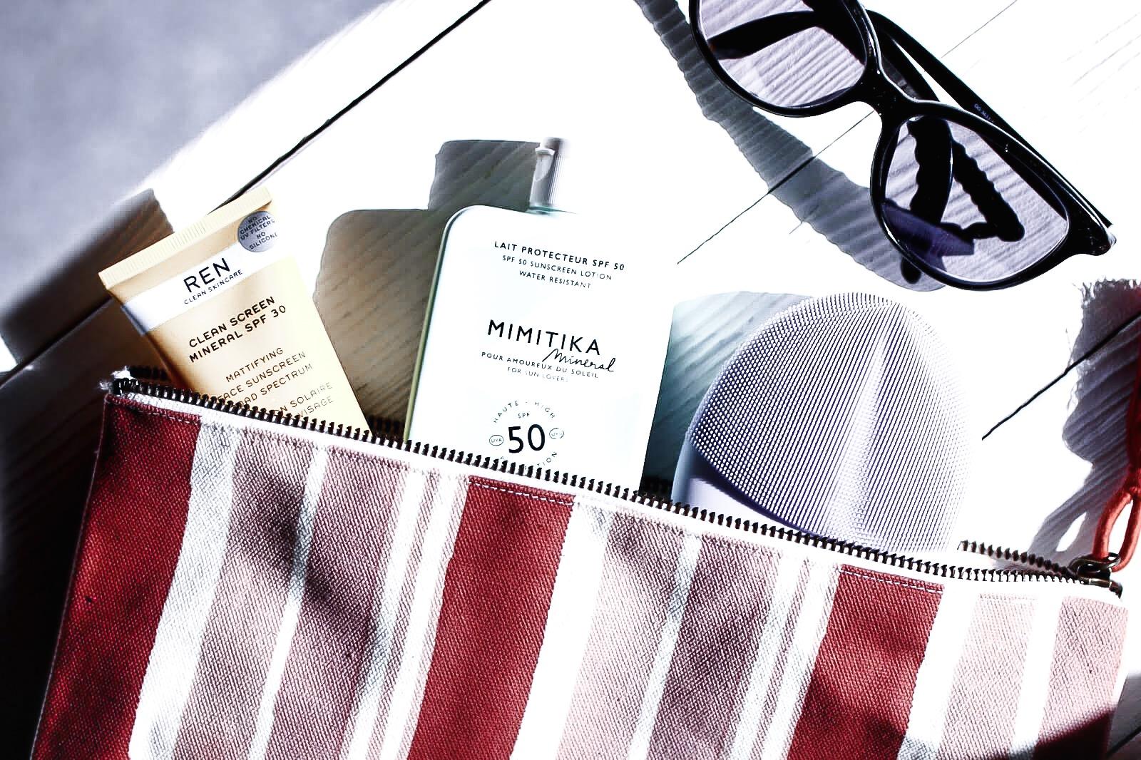 comment-eliminer-les-filtres-solaires-du-visage-nettoyage-de-peau