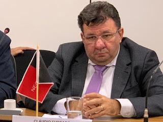 Suspensão de aulas presenciais na PB tem prazo indefinido diz Cláudio Furtado