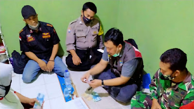 Warga Di Desa Lebak Wangi Terima Bantuan PKH