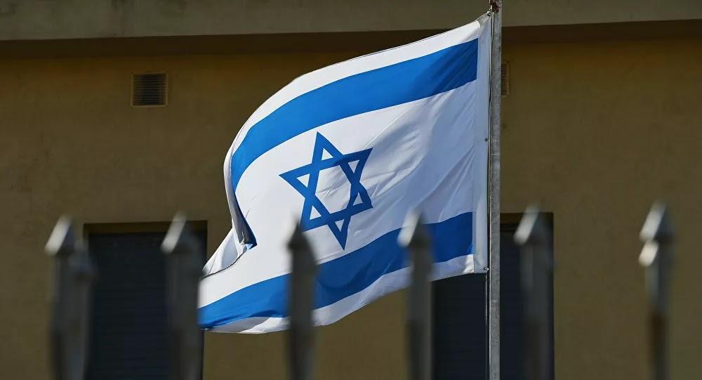 مفاجأة... مسؤول إسرائيلي يعلن تلقيه رسائل من عرب يرغبون في العمل جواسيس ويحيلهم للموساد