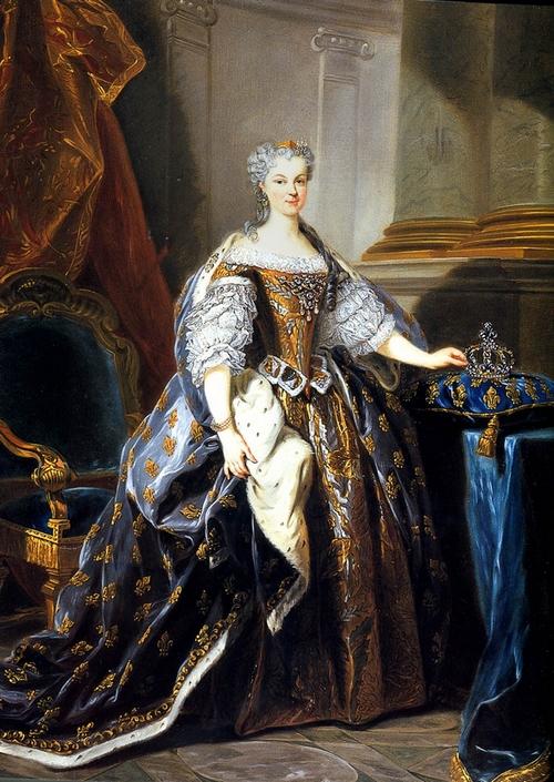 Marie_Leszczynska_Jean-Baptiste_Van_Loo_1725_Versailles