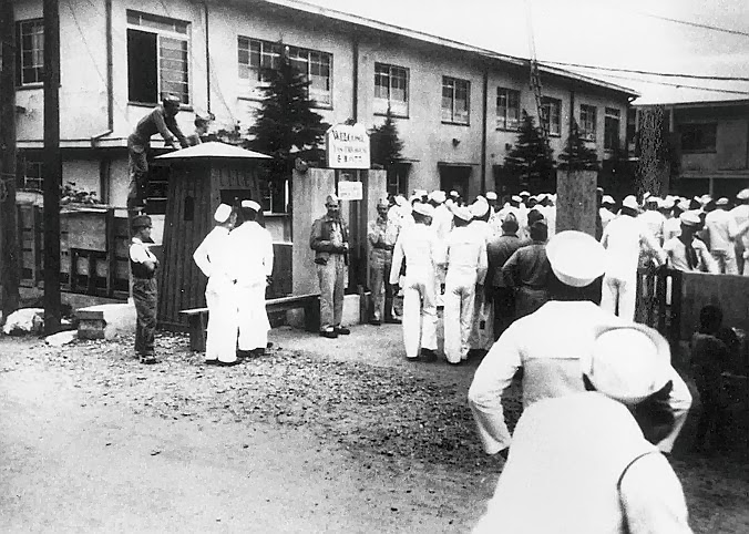 American sailors throng Japanese comfort women house