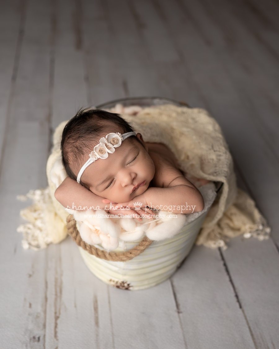 Best newborn photographers Eugene Oregon