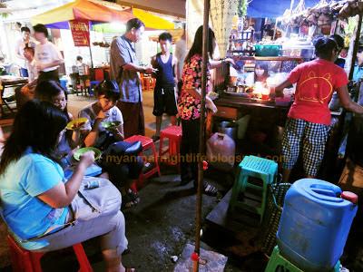 Dinner at Maha Bandoola Street at the roadside