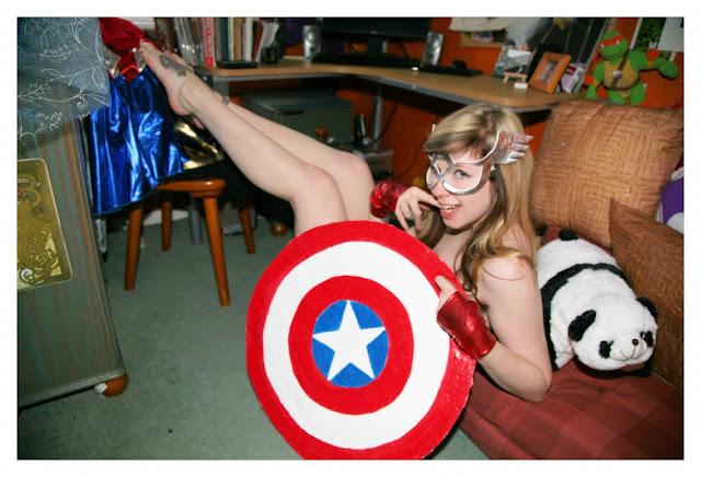 sexy captain america girl