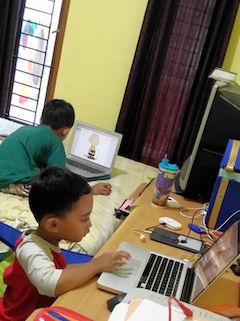 Mengajarkan Etika Penggunaan Laptop Kepada Anak