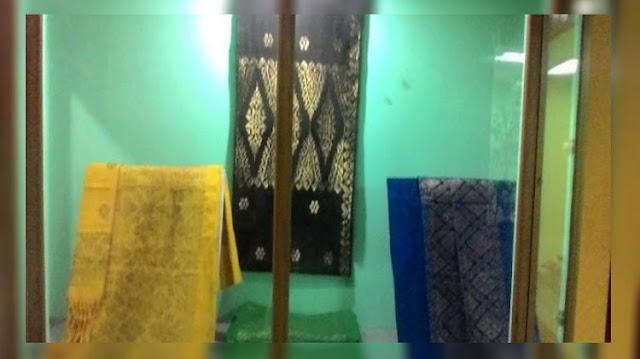 Songket Melayu Koleksi Museum Sang Nila Utama Riau