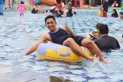 kolam renang di muara bungo