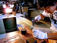 奈良県田原本町 津島神社 祇園神社 拝殿の飾り金物の魚々子(ななこ)を打つ