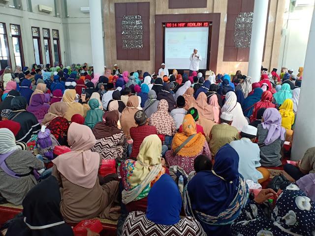 BMH Bareng Tabassum Emde Salurkan Bantuan Dalam Santunan Akbar