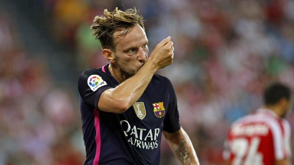 Senang di Barcelona, Rakitic Tepis Isu ke Chelsea