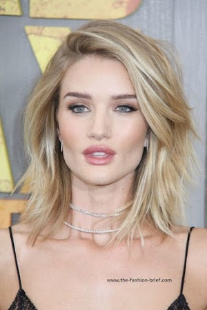 9 Best and Trendy Straight Hairstyles for Round Face