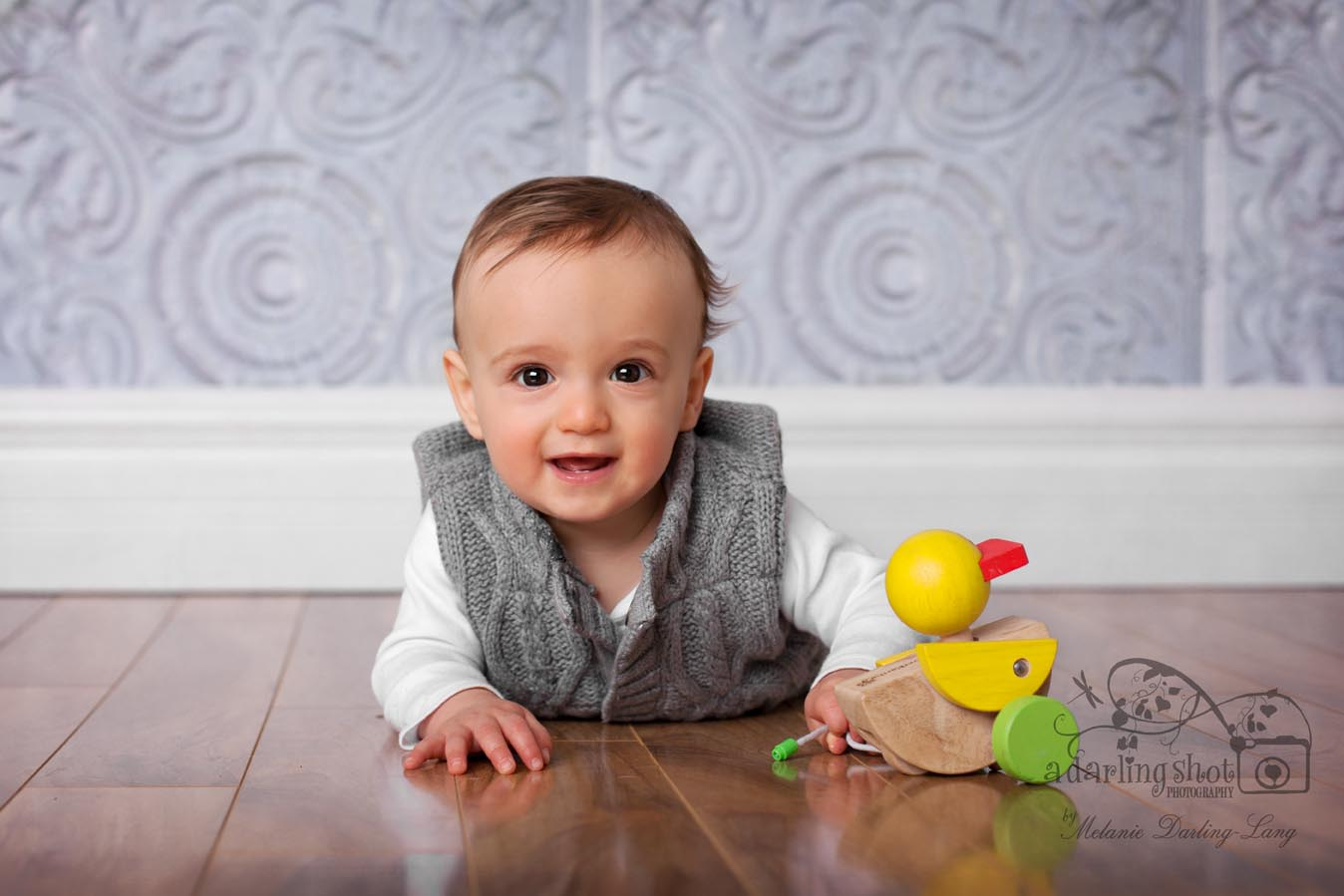 Baby photographer in mississauga cutest 9 month old boy a darling shot photography by melanie darling lang newborn and childrens portraits in