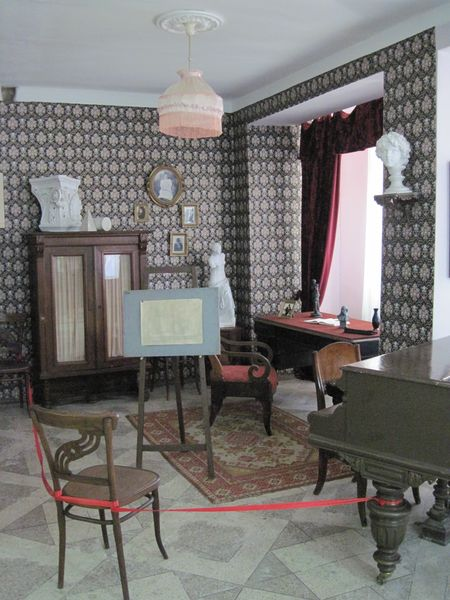 Комната Мухиной в её музее