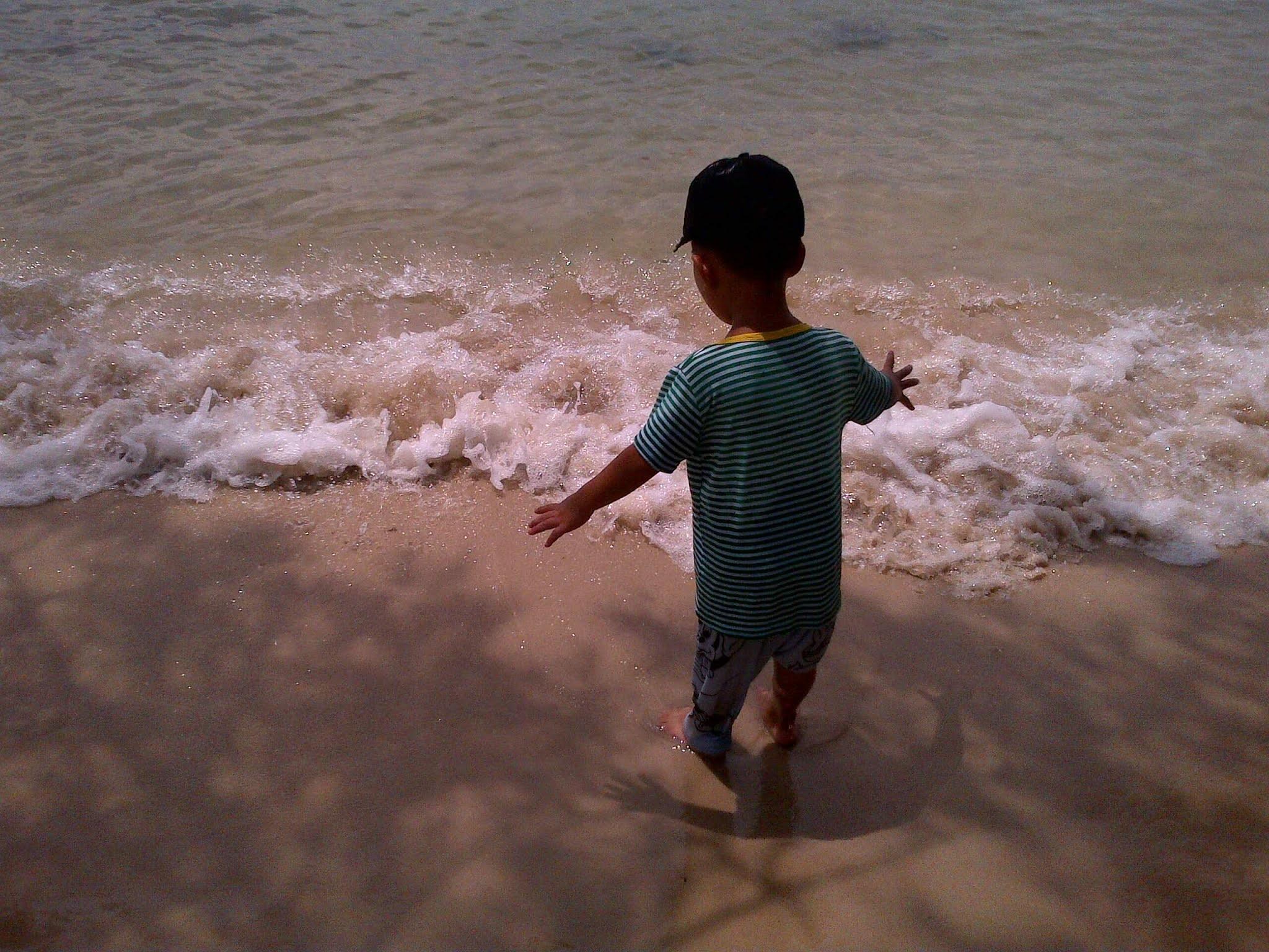 Pantai Indah Pulau Lengkana 8