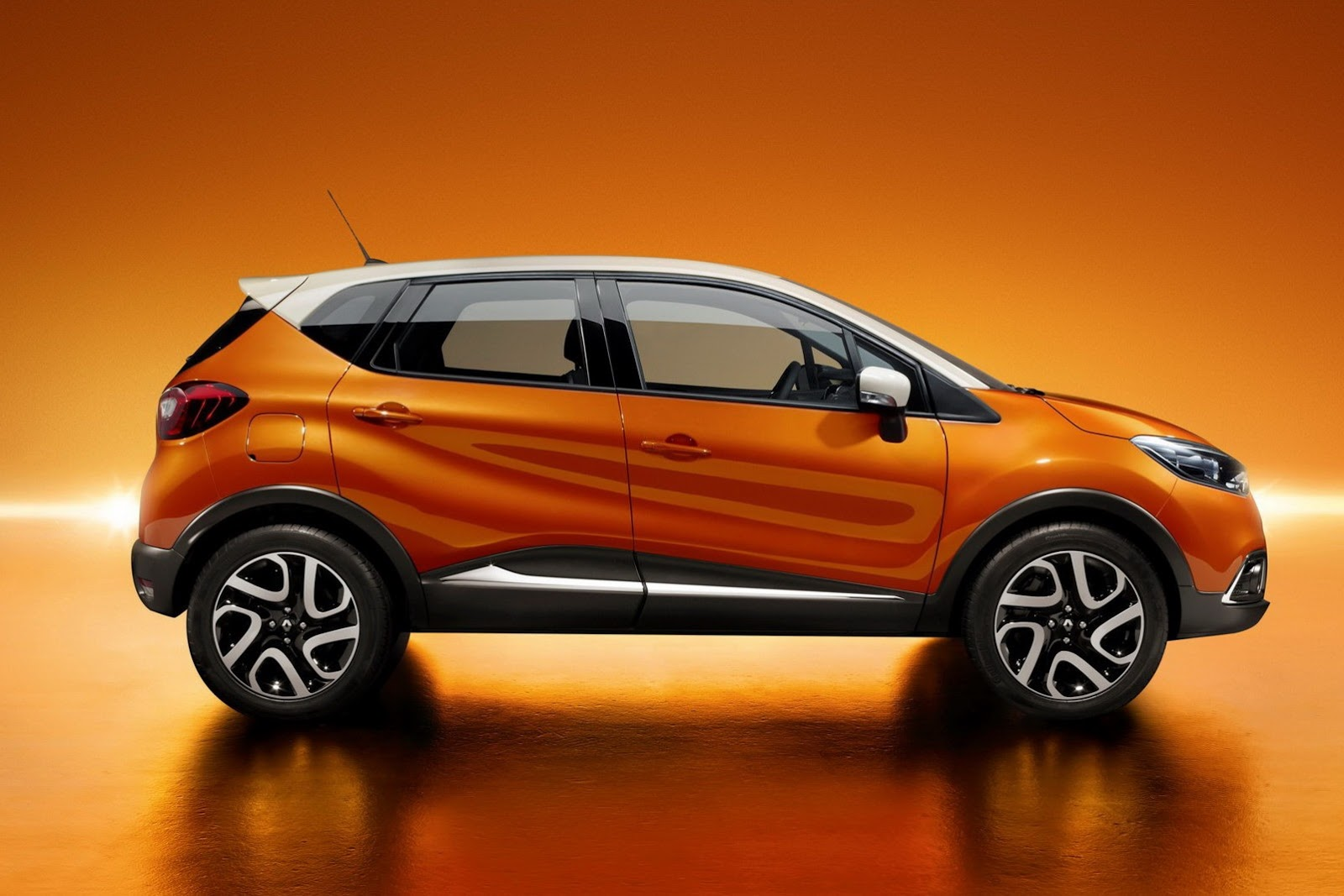 new renault captur puts a crossover twist to the clio platform owner manual pdf. Black Bedroom Furniture Sets. Home Design Ideas