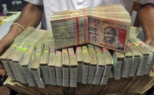 Govt to discontinue Rs 500, Rs 1,000 notes, says PM Modi