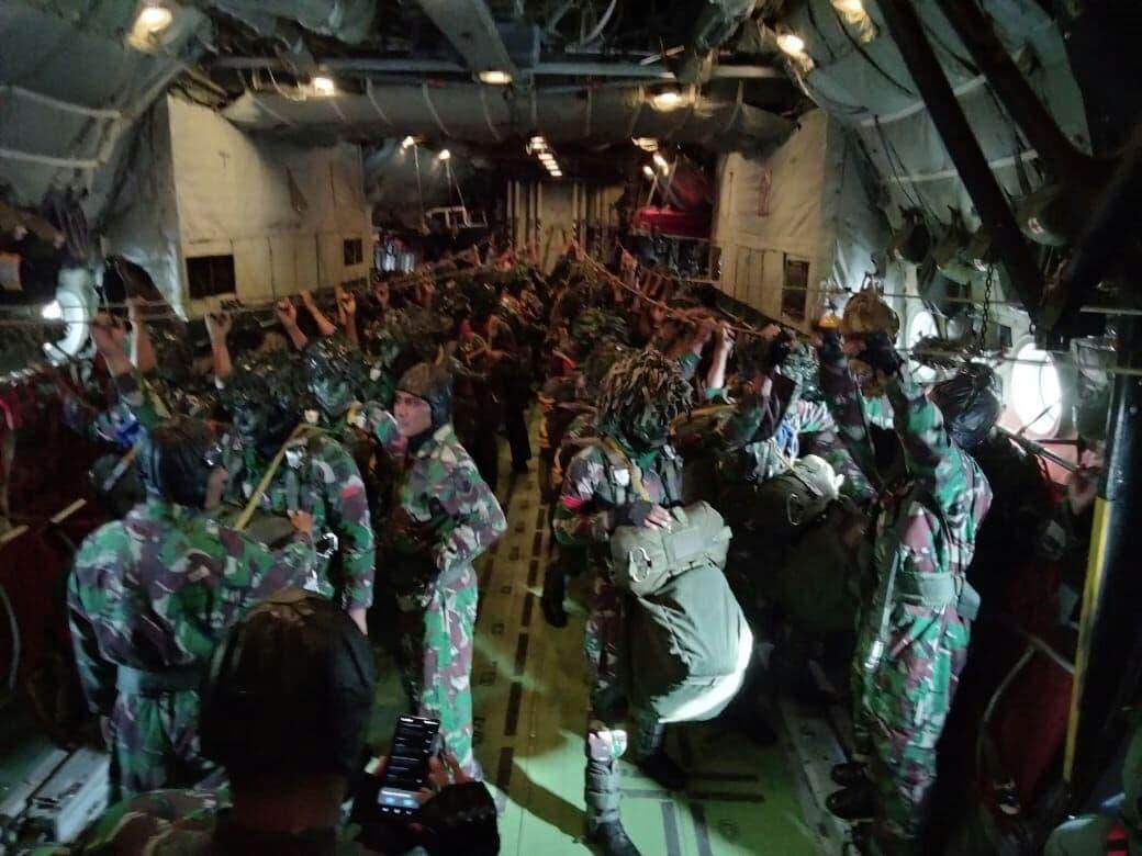 Yonbekang 2 Kostrad Dukung Serbuan Langit  Pasukan Yonif Para Raider 502 Kostrad