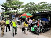 Di Dander Bojonegoro, Aparat Gabungan Laksanakan Operasi PPKM Skala Mikro