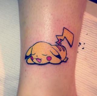 Tatuaje tierno de Pikachu