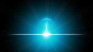 luz azulada no espaço