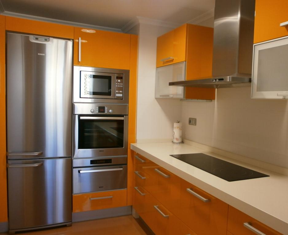 C mo integrar el microondas en la cocina cocinas con estilo - Cocina en microondas ...