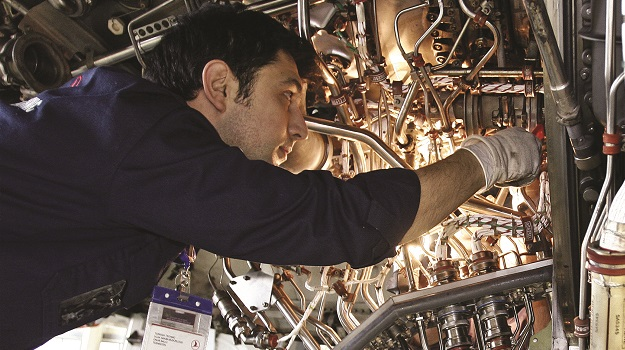How to find and get an engineer job in aerospace