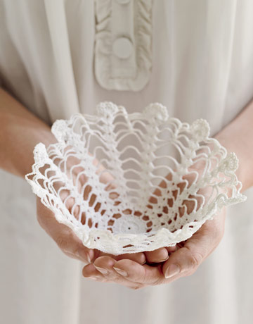 The Bride's Diary - DIY: Decorate with Vintage Doilies