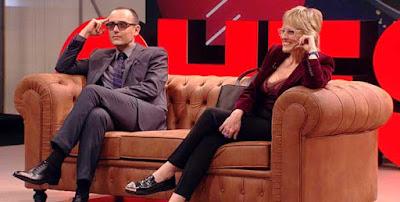 Chester in love con Mercedes Mila