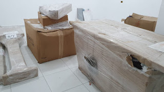 Pronto Atendimento Municipal - Jacupiranga - Equipamento de Raio X novo comprado há cerca de 1 ano e meio ainda embalado