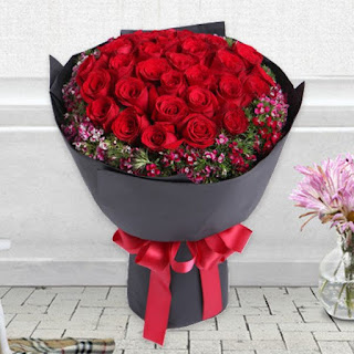 Buket Bunga Mawar Di Dukuh