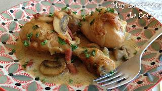 Pollo con Salsa de Champiñones, Bacon, Nata y Vino Blanco