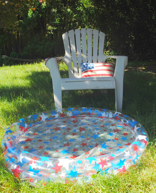 4th of July Pool Party. More inspiration can be found at FizzyParty.com