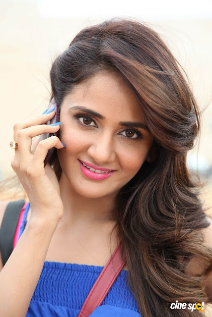 Parul yadav Actress photos in jessie Kannada film