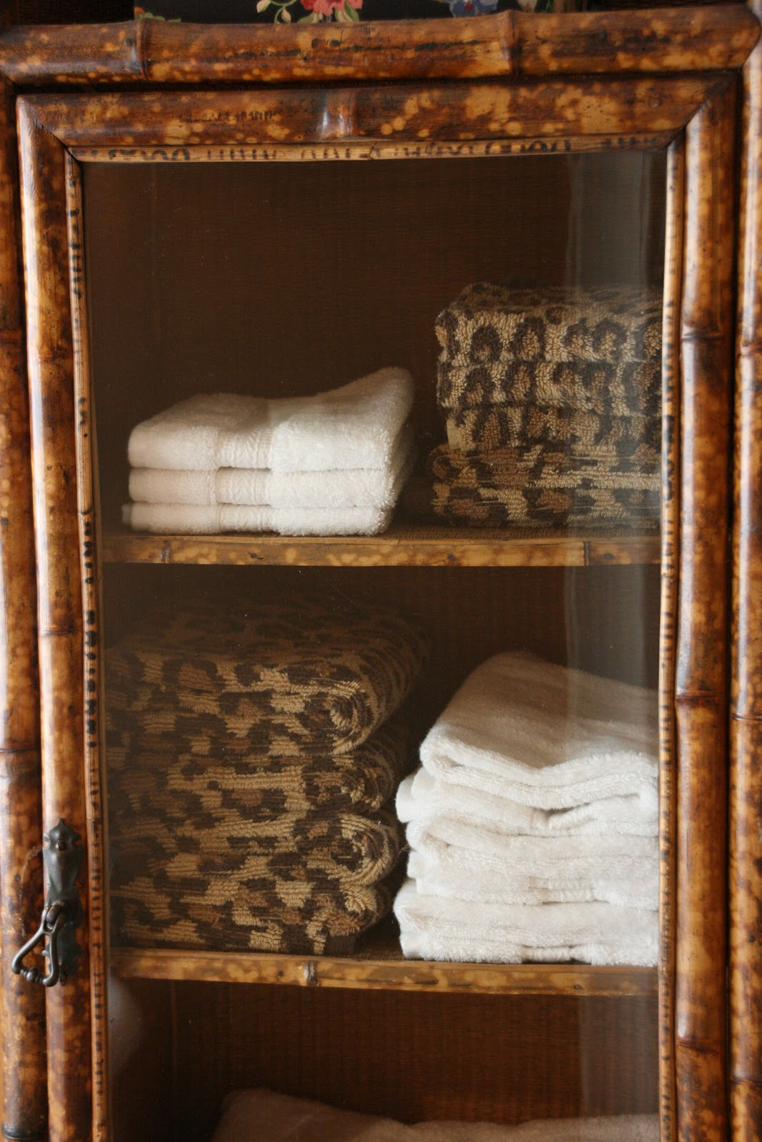 Vignette Design Furniture In The Bathroom A Luxury