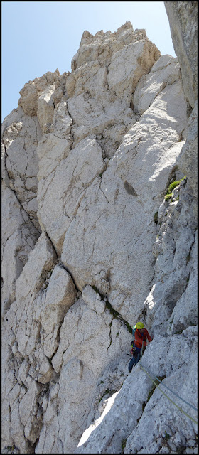 Escalando en la Homedes al Gat, Pedraforca