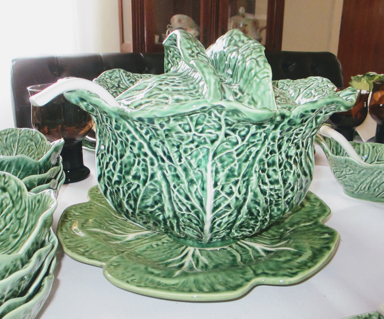 The Bordallo  Cabbage  butter dish & The Welcomed Guest: Fiesta(ware) and Bordallo Cabbage Table