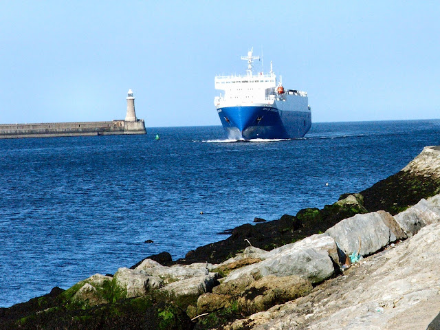 DFDS Ferries leaving South Shields