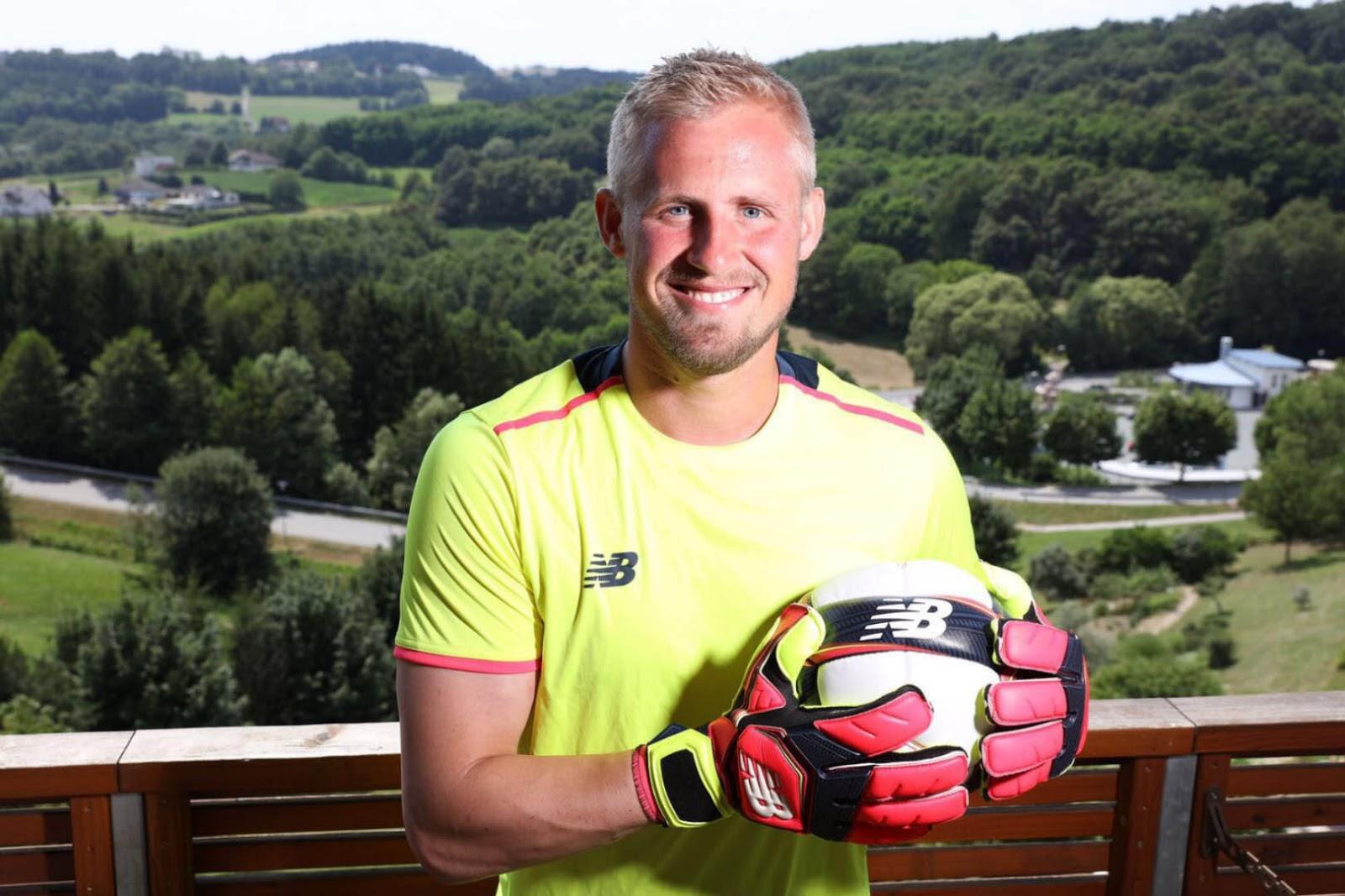 Premier League Winning Leicester Goalkeeper Kasper Schmeichel