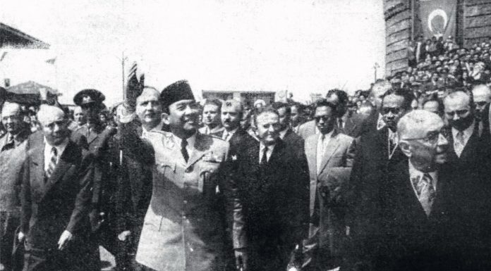 """KISAH: """"Kunjungan Bung Karno Membekas Dalam Ingatan Rakyat Turki"""""""