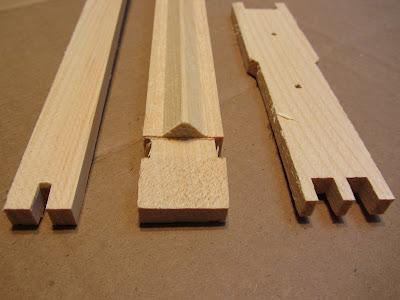 bee, beekeeping, foundationless. walter t kelly, frame, wax,
