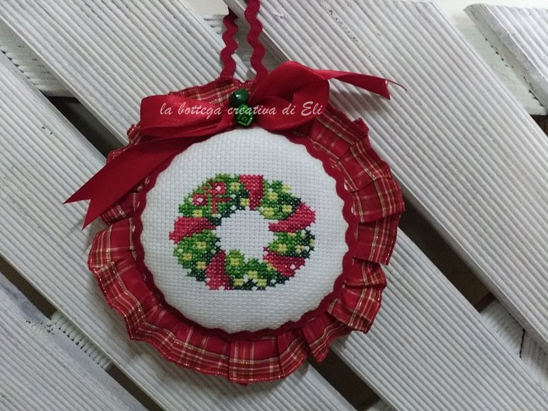 Piccolo Schemi Punto Croce Natale.La Bottega Creativa Di Eli Fuoriporta Ricamato A Punto Croce