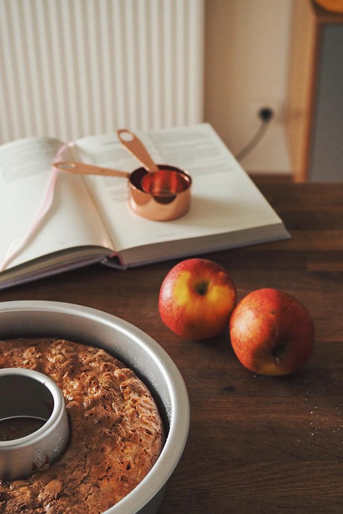 Recette anglaise de gâteau pomme cannelle
